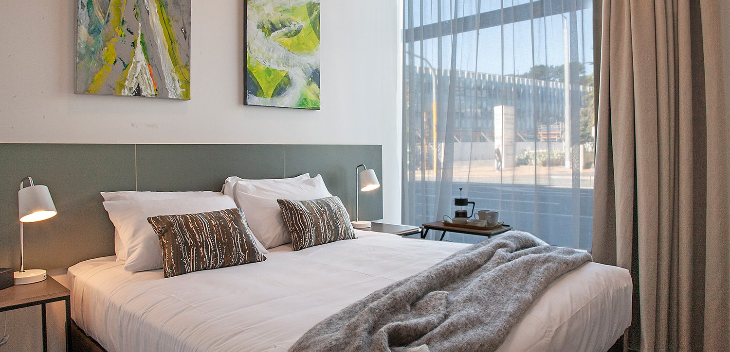 newtown-wellington-hotel-accommodation-two-bedroom-apartment-master | Sojourn®